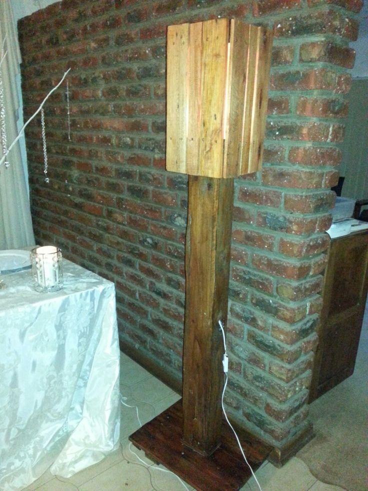Parys Rustic Décor  -  Free standing lamp