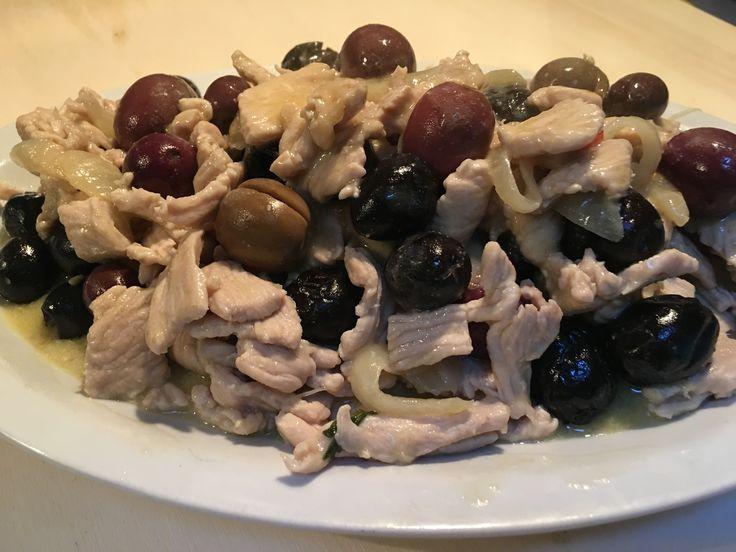 Fesa di tacchino alle olive in 10 minuti