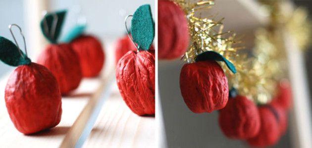 Guirnalda navide a para decorar la casa hecha con nueces manualidades navidad navidad - Manualidades para decorar en navidad ...