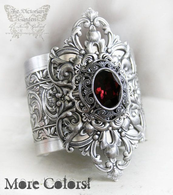 VICTORIA'S PASSION Victorian vintage gothic cuff bracelet in aged silver, you choose your Swarovski color