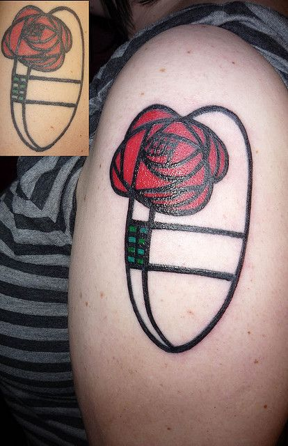 Charles Rennie Mackintosh rose...this super cool, I ate at a lil cafe in Scotland that was all about his art work. <3 this.