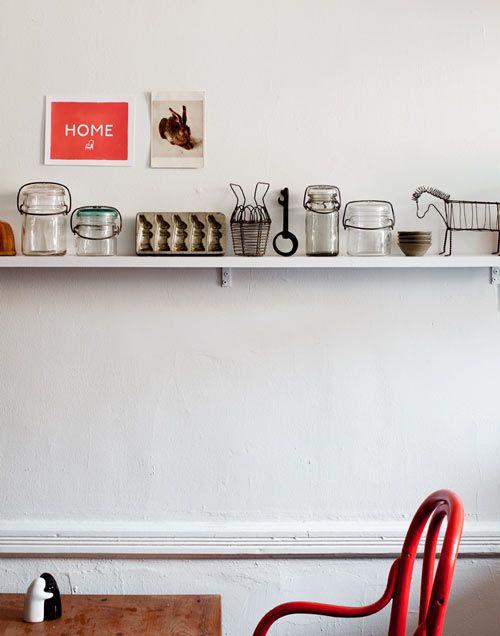 Kitchen decor: Old Mason Jars, Vintage Kitchenware, Kitchens Must Have, Kitchens Chairs, Modern Bathroom Design, Interiors Design, Shelves, Red Kitchens, Interiors Ideas