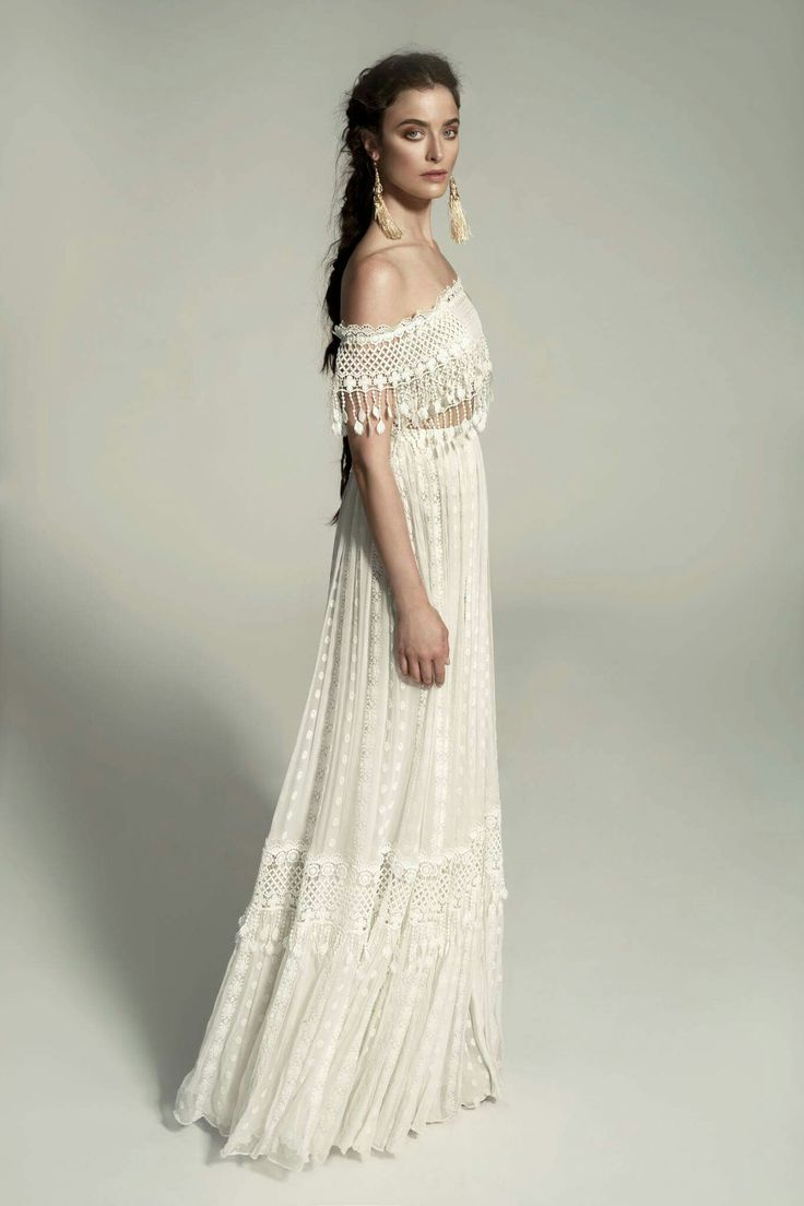 Informal Elegance – Boho style for a glam occasion or a wedding