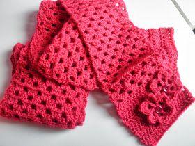 HaakZaken: Patroon gehaakte bloem en give away roze sjaal