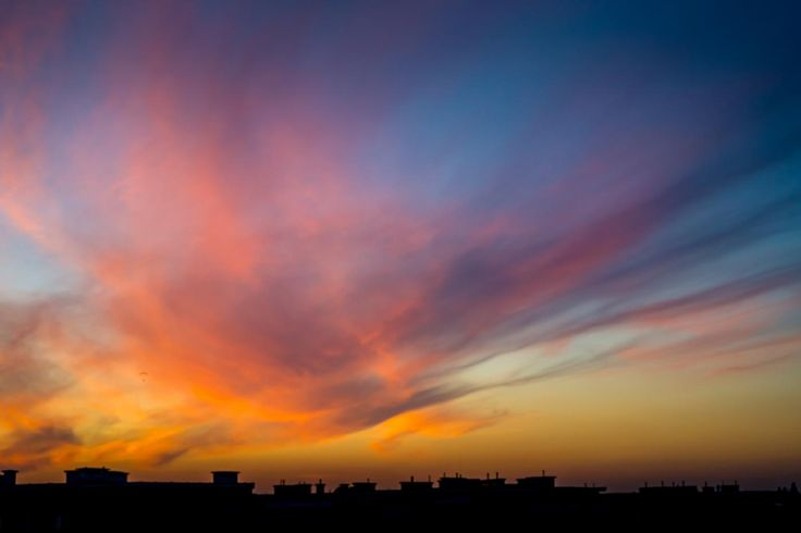 Sunset over the rooftops / Clickasnap