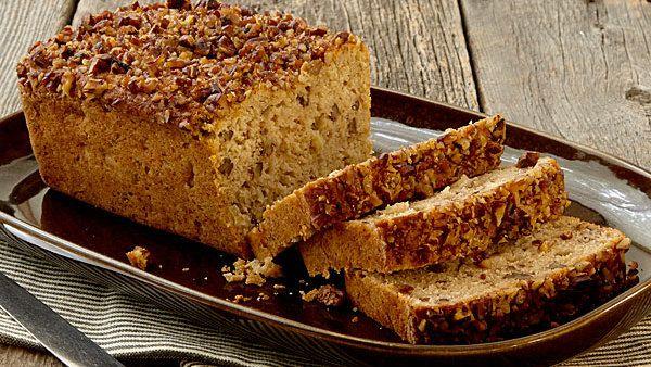 Spiced Apple-Pecan Bread - FineCooking