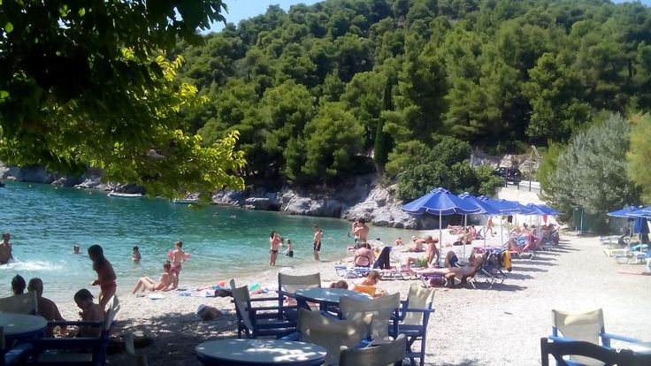 Agnontas beach