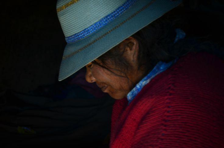 Virginia Morales es ganadera y artesana de Lauca Vilaque, comuna de Putre. Chile.
