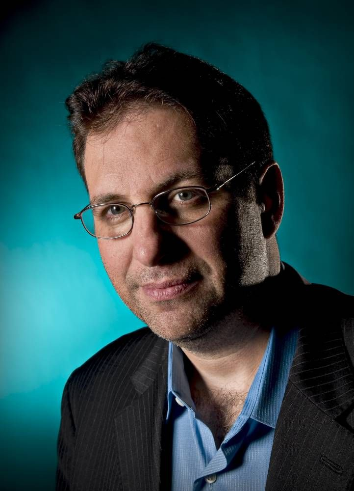 KEVIN MITNICK [World's Most Famous Hacker, Security Consultant to Fortune 500 and Global Governments] Topics:Big Data, Cyber Security, Innovation Speakers, National Security, Technology Speakers  Read more at: https://www.bigspeak.com/speakers/kevin-mitnick/