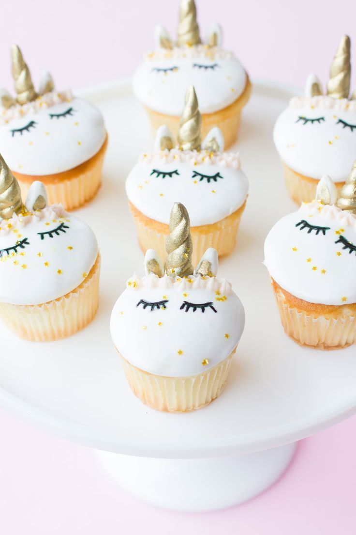 Who else has unicorn cupcakes on their 2017 baking goal list? ME TOO! But now I can finally check this one off! ;) Does anyone else feels that this is the OFFICIAL hottest year ever for the unicorn trend? From donuts, cakes, cupcakes, interior decor…you name it, it's taking over the internet! This year we …