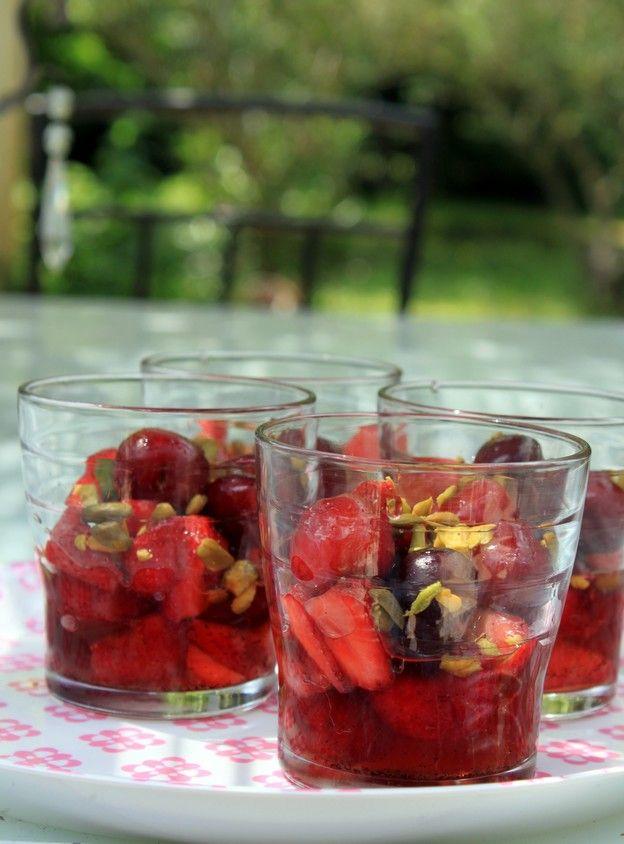 Salade de fruits rouges aux pices recettes cuisiner salade de fruits rouges salade de - Cuisiner des betteraves rouges ...