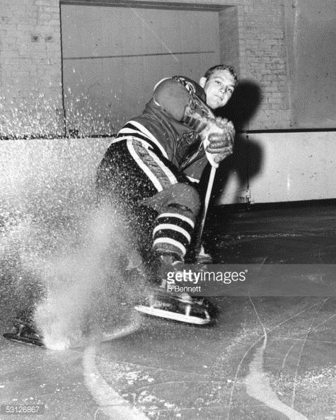 ... Bobby Hull of the Chicago Blackhawks poses for a portrait at the age of  18 ...