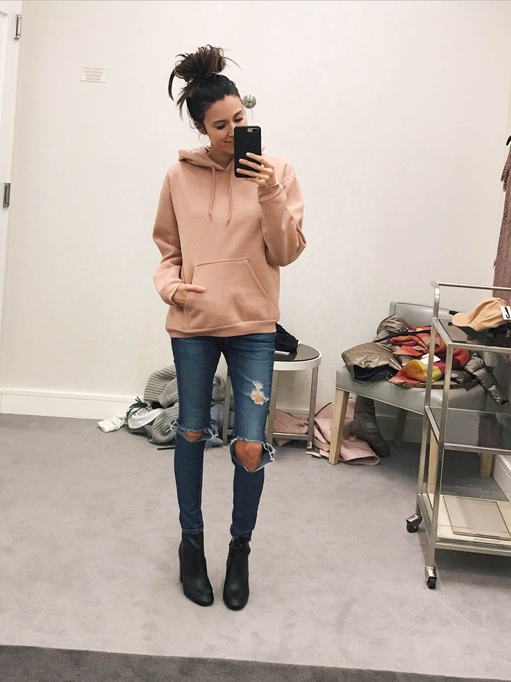 Shopping Room Diaries: Hello Fashion. Blush hoodie+distressed jeans+black sock ankle boots. Winter Casual Outfit 2017