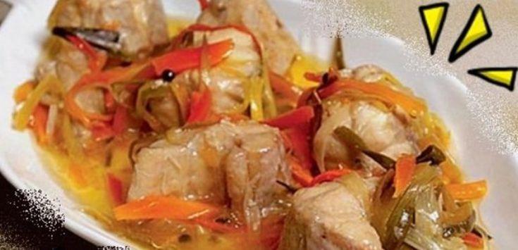 Te presentamos una tentadora receta, pollo al escabeche, para que disfrutes a la hora de la cena.