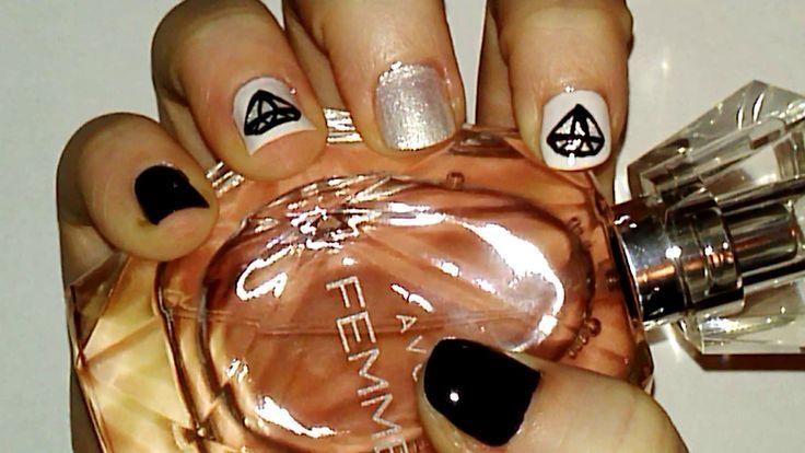 Dimonds Nails : Diamond Nail Art Tutorial | Samantha Beauty