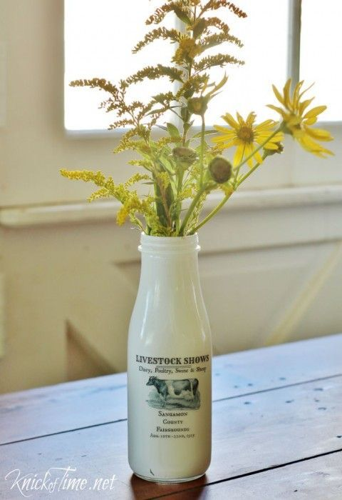 Old-Fashioned DIY Milk Bottle!  tutorial via Knick of Time at KnickofTime.net