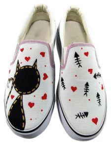 Zapatos de lona blanca con gato y pez pintado a mano