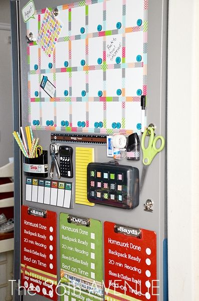 Make your own Back to School Station  on the side of your fridge. Perfect for homework days ahead. #backtoschool #organizationBack To Schools, Command Center, White Boards, Schools Organic, Magnets Calendar, Schools Stations, Organic Stations, Homework Stations, Backtoschool