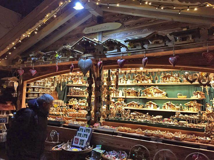 Guida ai mercatini di Natale che amo di più e in cui sono stata tra Svizzera, Francia, Italia, Austria, Fiandre e Stati Uniti. http://www.thegirlwiththesuitcase.com/2016/11/guida-mercatini-di-natale.html