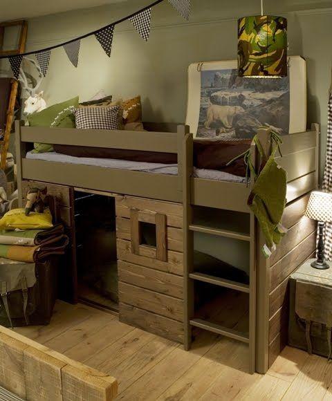 25 beste idee n over stoere jongens slaapkamers op pinterest gedeelde slaapkamers stapelbed - Jongens kamer decoratie ideeen ...