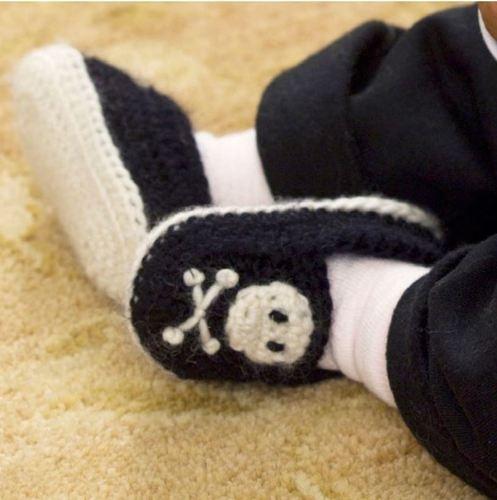 Trendy Pirate Skull and Cross bone Baby Booties Crochet Pattern | eBay