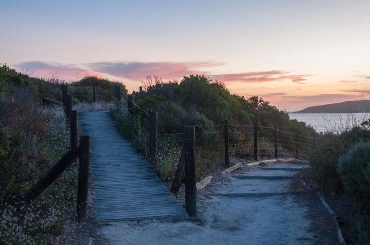 L1M1AS3 Landscapes beach pathways ISO 200 f/4.0 1/10sec 29mm Nikon D90