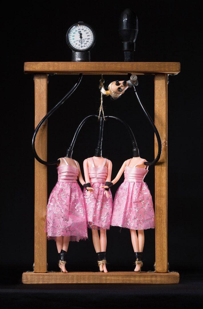 """""""Загадка с тремя неизвестными"""" #хоррор #куклы #ужас #ручная работа #боль #страх #фетиш #зло #жестокость #жуть #кошмар #арт"""