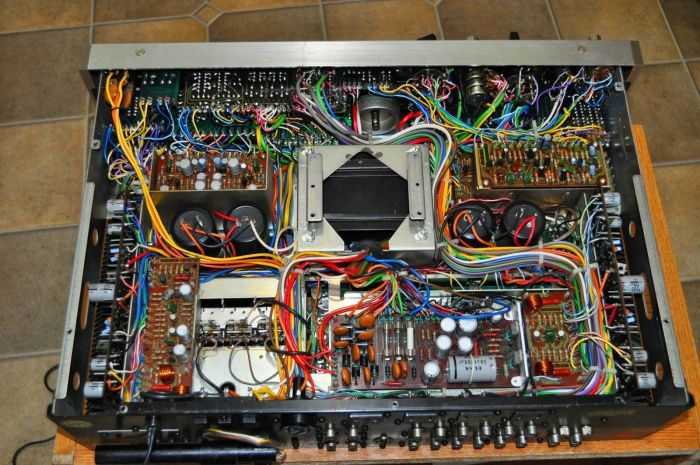 Pioneer M-90 Reference Series audiophile stereo power amplifier