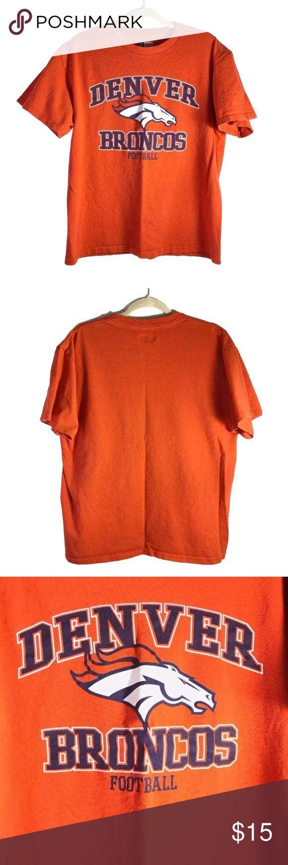 """NFL Denver Broncos T-Shirt Men's Size Large Like New  NFL Football Team Apparel Denver Broncos T-Shirt  Men's Size Large  Measurements Chest 42"""" Length 25.5"""" Sleeves 8"""" Back Width 20"""" NFL Shirts Tees - Short Sleeve"""