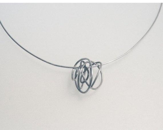 scribble bead pendant  - by kari woo
