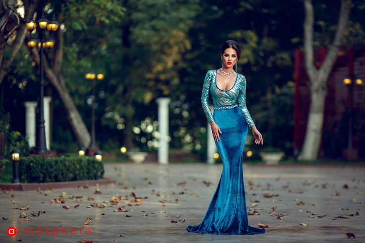 ROCHIE LUNGA CATIFEA TURQUOISE SI PAIETE http://www.atmospherefashion.ro/rochie-lunga-catifea-turquoise-si-paiete-rn-22-p1738-t4.html