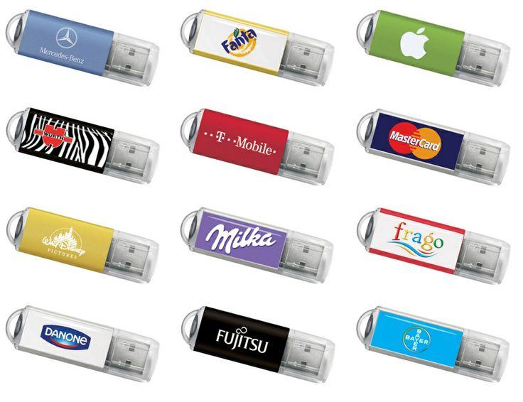 USB-Stick Modell Original Dieser vielseitige USB-Stick Klassiker ist immer noch einer unserer meistverkauften Modelle. Er verfügt über ein starkes Aluminium-Gehäuse und ist in zwei Ausführungen erhältlich: mit einem eloxierten Aluminium-Gehäuse in schwarz, silber, blau, rot oder grün, oder mit einer neuen modernen Oberfläche in glänzendem weiss.