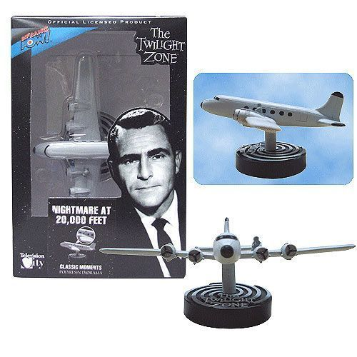 Twilight Zone NIGHTMARE at 20,000 Feet Diorama Classic Episode Rod Serling