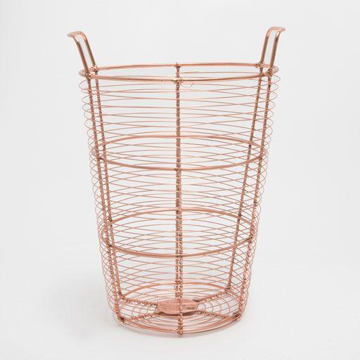 Изображение товара Большая корзина из металла розового цвета