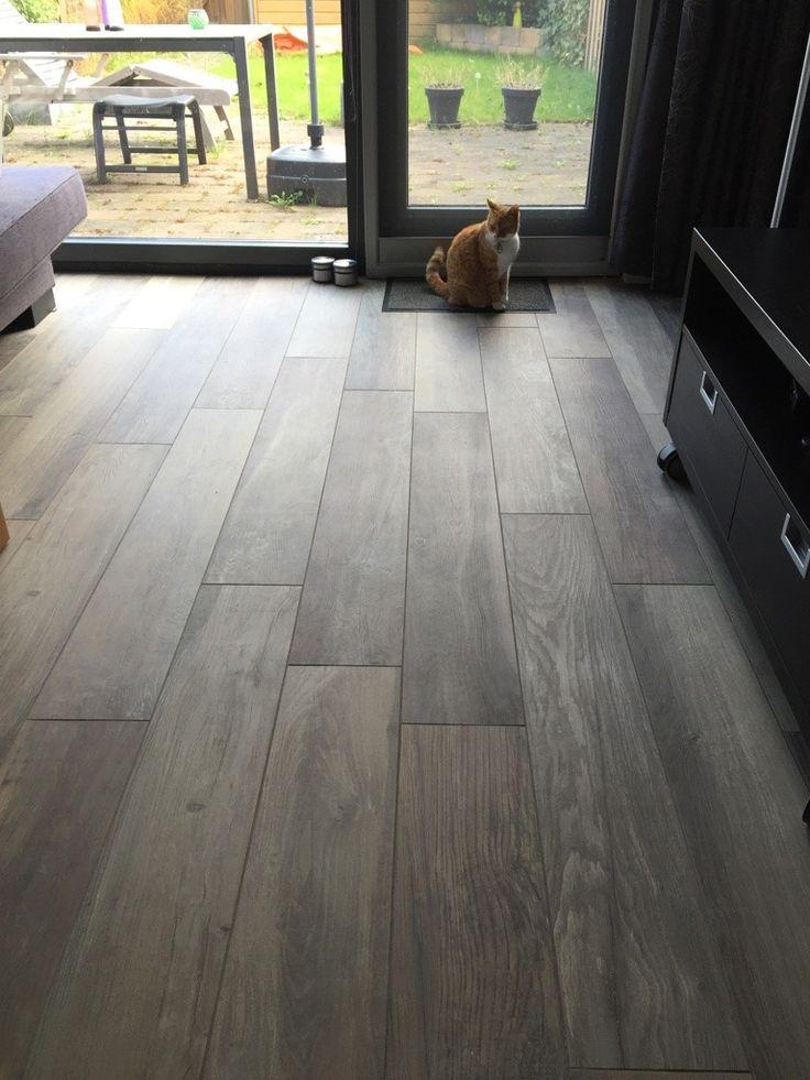 Kronos woodside oak 20x120 cm vloertegels keramisch parket houtlook tegels hal pinterest - Beeld tegel imitatie parket ...