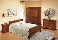 Camera da letto classica - Camera da letto classica con complementi in legno