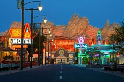 15 Things You MUST Do at Disneyland's New California Adventure & Cars Land