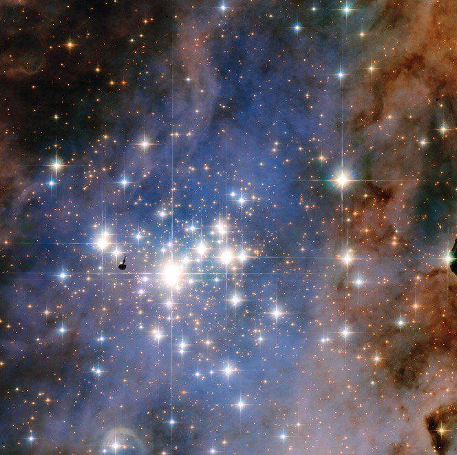 Hubble, una cascata di diamanti: le stelle più luminose della galassia