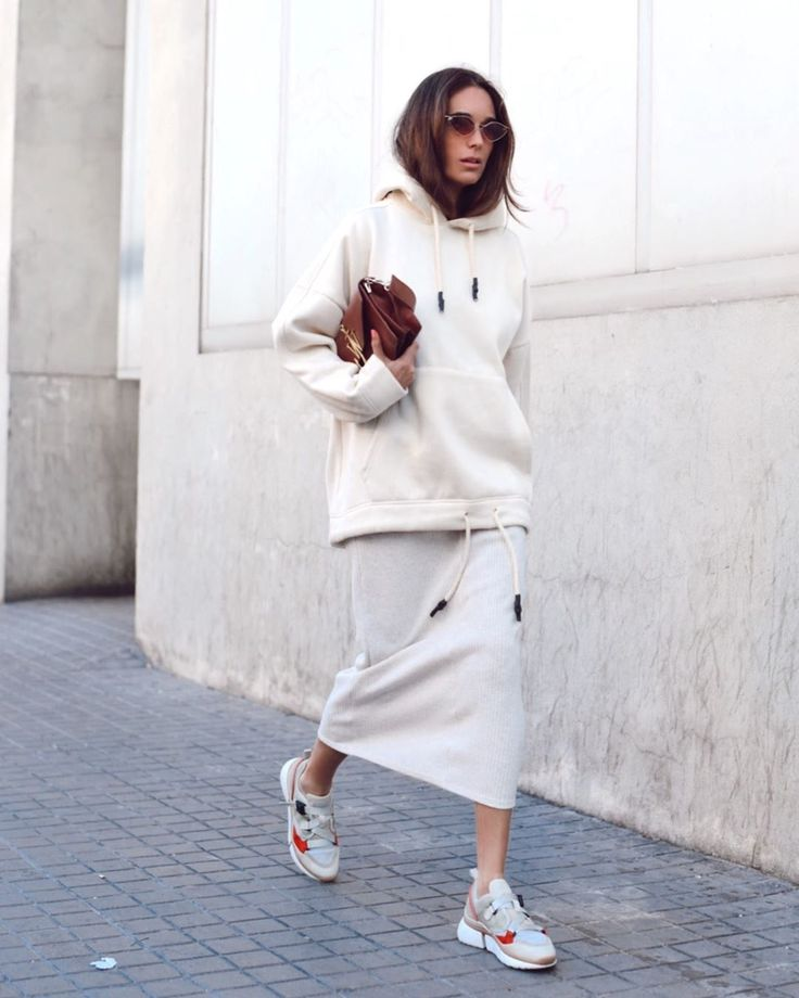 "I'm María on Instagram: ""Dress + sweater + sneakers = la comodidad 🧘‍♀️🙏🏻"""