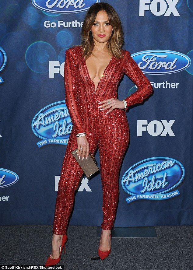Fashionista: Jennifer Lopez certainly didn't disappoint on Thursday, as she stunned on the red carpet for the American Idol Finalists party