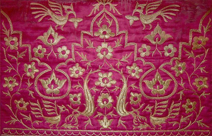 Ceremonial mat, Minangkabau people, west Sumatra. Silk, pandanus, gold thread, embroidery, matting, early 20th century