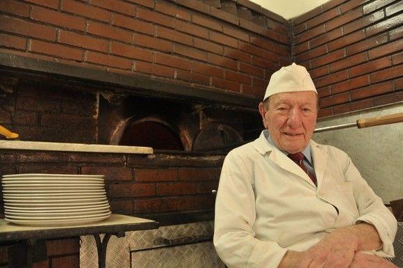 Da Michele Pizzeria in Naples: The World's best pizza.