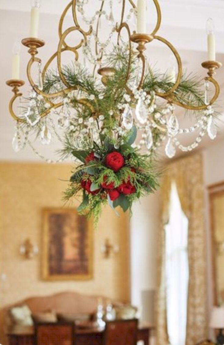 awesome 37 Adorable Christmas Chandelier Decoration Ideas