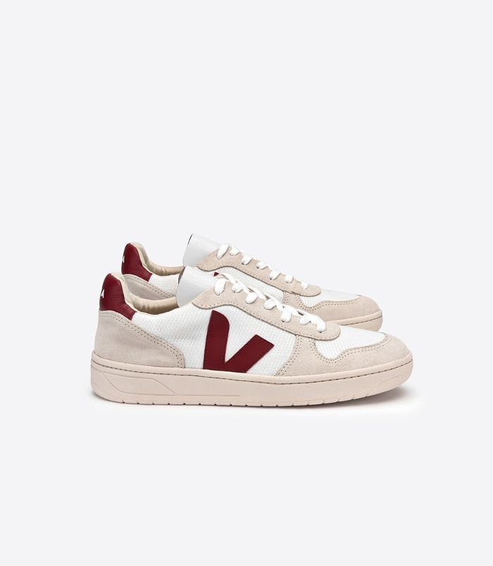 Emma Watson Wore French Sneakers That Are About To Be Huge Veja Shoes Womens Sneakers Veja Sneakers