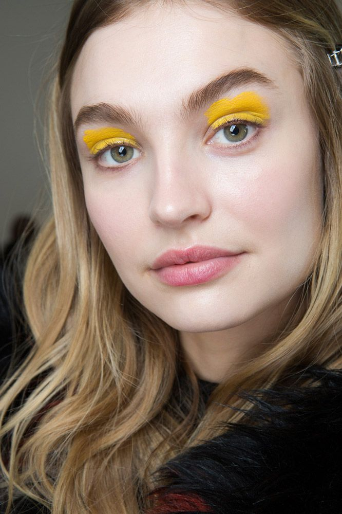 Whether it was white or sunny yellow, Zadig & Voltaire's matte opaque shadows turned heads. The haphazardly applied pigment added to the appeal.