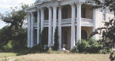 Abandoned Mansion, Texas
