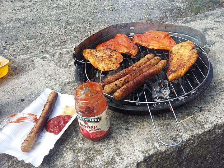 Wszystko lepiej smakuje z ketchupem  #kultowysmak #smakdziecinstwa #TwojMiedzychod #niemajakdawniej #ILoveKetchupMiedzychod https://www.facebook.com/photo.php?fbid=809526515812460&set=o.145945315936&type=1