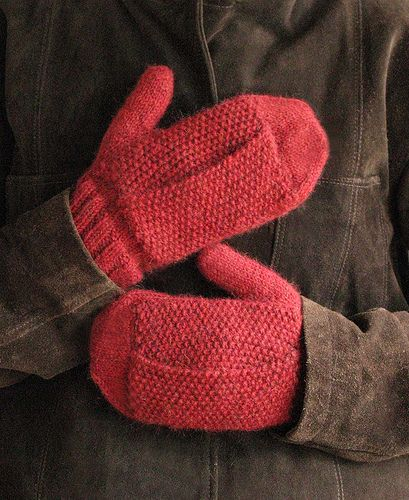 Ravelry: Sniffle Mitts pattern by Ellen Rodgers