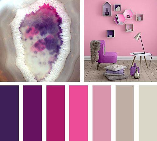 Rosas y Morados cohabitan enarmonía en esta paleta de colores07.  Espacio via:thedesignerpad