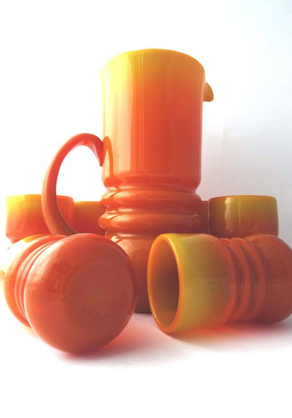 Zbigniew Horbowy. Huta Barbara in Polanica Zdrój. 1980s. Complete set.    An exquisite Polish art glass jug and 6 tumblers, designed by